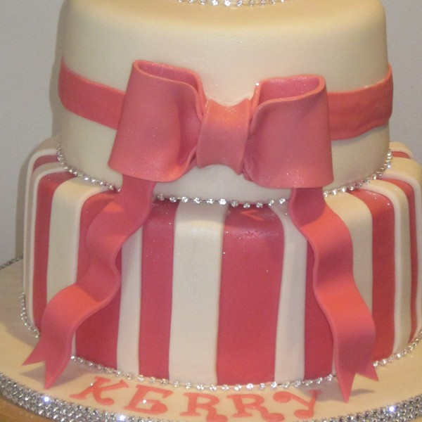 Two Tier Girl 21st Birthday Cake Neo Cakes