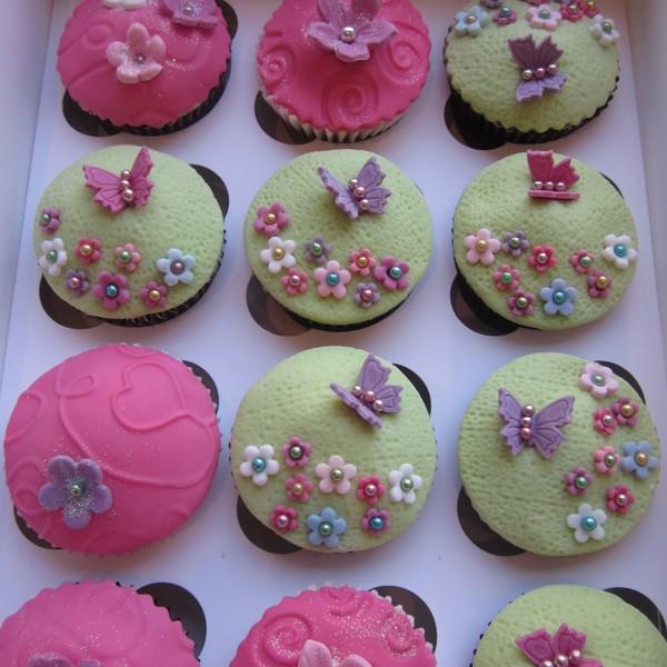 Flower Garden Themed Cupcakes Neo Cakes