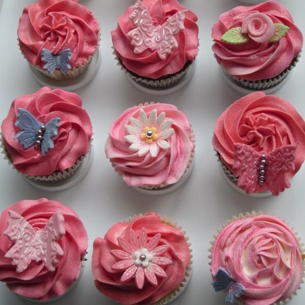 Flower Themed Cake Pops