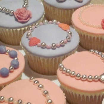 Jewellery & Accessory Themed Cupcakes